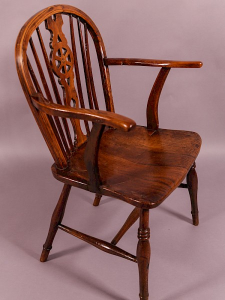 A Thames Valley Windsor Chair in Ash and Elm